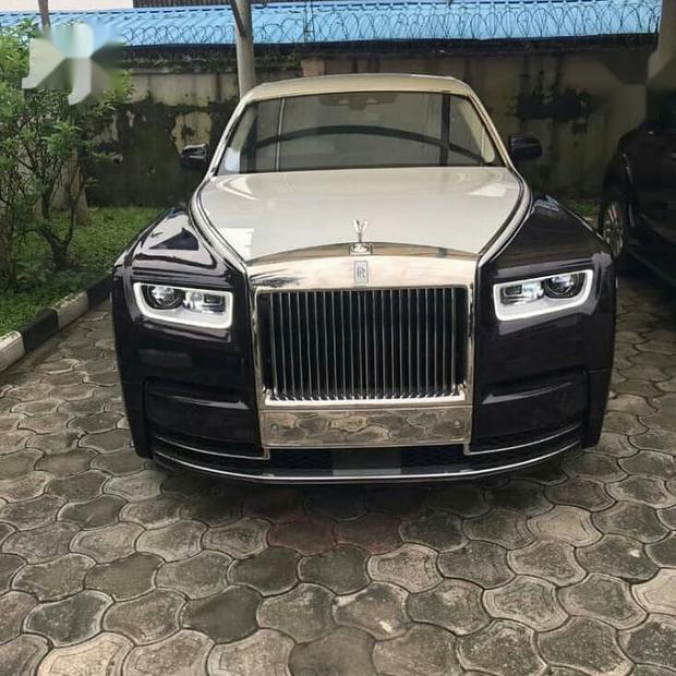 Gold Rolls Royce >> New Rolls Royce Phantom 2019 Gold For Sale 26243