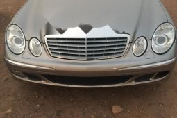 Mercedes-Benz E350 2006 Petrol Automatic Gold for sale