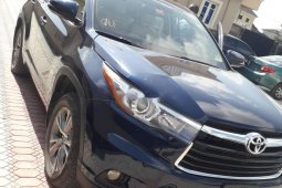 Toyota Highlander 2014 Petrol Automatic Blue for sale