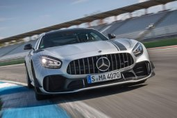 First drive! Review of 2019 Mercedes-AMG GT R Pro