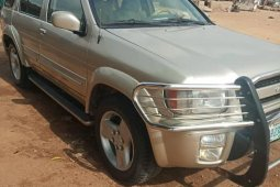 Infiniti QX4 2004 Gold for sale