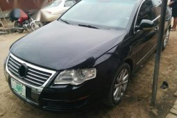 Volkswagen Passat 2005 2.0 Black for sale
