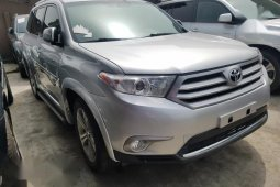 Toyota Highlander 2013 Limited 3.5l 4WD Silver for sale