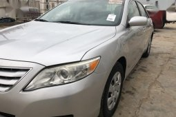 Best priced used 2010 Toyota Camry sedan automatic in Lagos