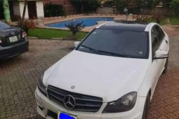 Sell well kept white 2011 Mercedes-Benz C-Class automatic at mileage 136
