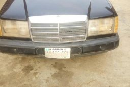 Well maintained black 2005 Mercedes-Benz 230E automatic for sale