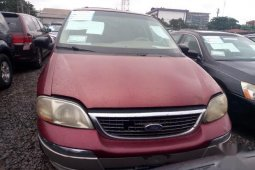Sell well kept 2003 Ford Windstar automatic at price ₦500,000
