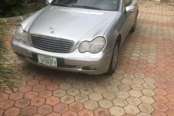 Need to sell used 2003 Mercedes-Benz C320 in Oyo at cheap price