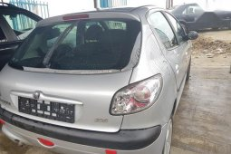Need to sell grey 2005 Peugeot 206 hatchback at price ₦870,000