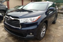 Sell blue 2015 Toyota Highlander automatic at cheap price