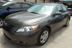 Need to sell cheap used 2009 Toyota Camry sedan in Lagos
