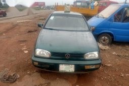Sell used 1999 Volkswagen Golf automatic at price ₦400,000
