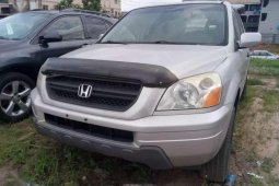 Sell cheap grey 2005 Ford Pilot automatic in Benin City