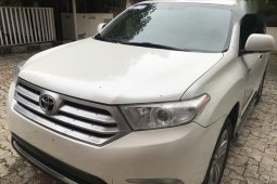 2012 Toyota Highlander automatic at mileage 95,000 for sale