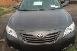 Selling 2009 Toyota Camry automatic