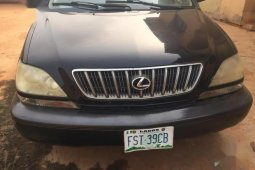 Need to sell used black 2002 Lexus RX automatic at cheap price