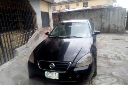 Well maintained 2003 Nissan Altima for sale at price ₦500,000
