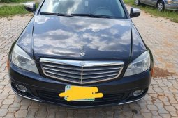 Sell black 2008 Mercedes-Benz C300 at mileage 160,000 in Abuja at cheap price
