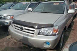 Used 2006 Toyota Highlander automatic car at attractive price