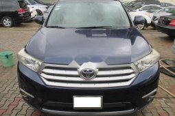 Blue 2012 Toyota Highlander car at attractive price in Lagos
