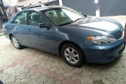 Sell well kept 2004 Toyota Camry at price ₦1,150,000