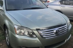 Clean and neat green 2006 Toyota Avalon sedan at price ₦2,100,000 in Lagos