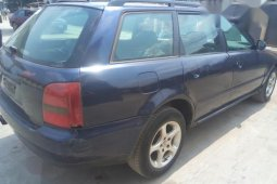 Clean Tokunbo  used Audi A4 1997 Blue