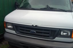 Sell well kept white 2007 Ford E-250 van / minibus at price ₦3,500,000