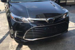 Sell black 2018 Toyota Avalon automatic in Lagos