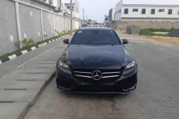 Super Clean Nigerian used 2016 Mercedes-Benz C300