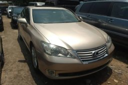 Very Clean Foreign used Lexus ES 2010
