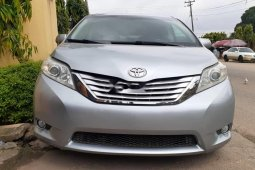 Foreign Used 2014 Toyota Sienna in Lagos