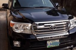 Neat Foreign used Toyota Land Cruiser 2014