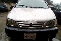 Nigerian Used Toyota Sienna 2002