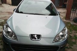 Neat Foreign used 2006 Peugeot 407