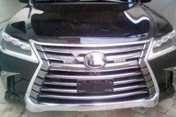 Neat Nigerian used 2017 Lexus LX