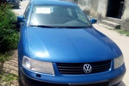 Very Clean Foreign used Volkswagen Passat 2000