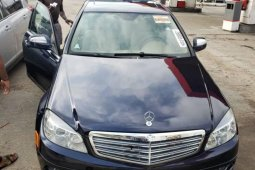 Neat Tokunbo Used  Mercedes-Benz C300 2008