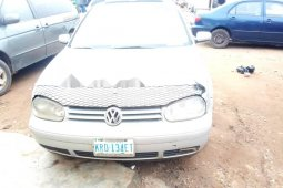 Neat Nigerian used Volkswagen Golf 2004