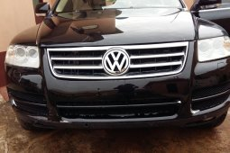 Very Clean Foreign used Volkswagen Touareg 2006
