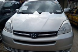 Foreign Used 2005 Toyota Sienna in Lagos