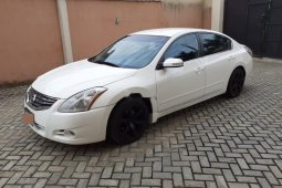 Nigerian Used well maintained 2011 Nissan Altima