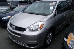 Very Clean Foreign used Toyota Sienna 2004