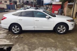 Neat Foreign used 2010 Honda Accord CrossTour for sale in Lagos