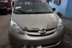Very Clean Foreign used 2006 Toyota Sienna