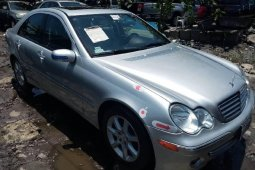 Foreign Used Mercedes-Benz C230 2005