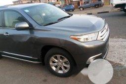 Very Clean Nigerian used Toyota Highlander 2012 Gray