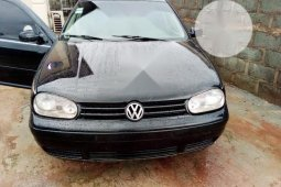 Neat Nigerian used Volkswagen Golf 2005 4 1.6 Black