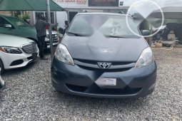 Foreign Used Toyota Sienna 2008 Model XLE Limited 4WD Blue
