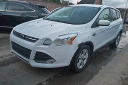 Tokunbo Ford Escape 2015 Model White